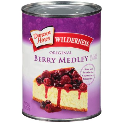 Duncan Hines® Wilderness® Original Berry Medley Pie Filling & Topping 22 oz. Can