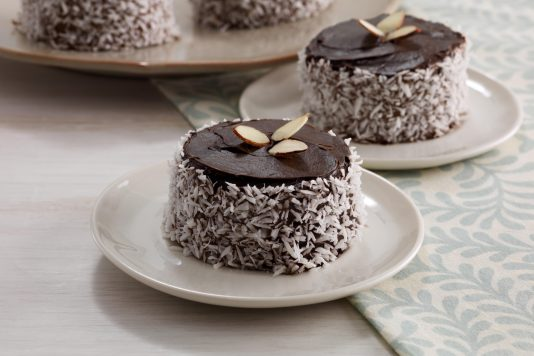 Chocolate Mint Mini-Cakes